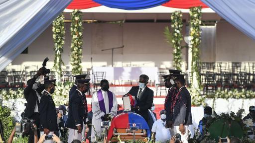 Две седмици по-късно погребаха президента на Хаити Жовенел Моиз