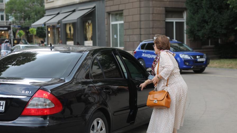 Политически консултации при президента Румен...