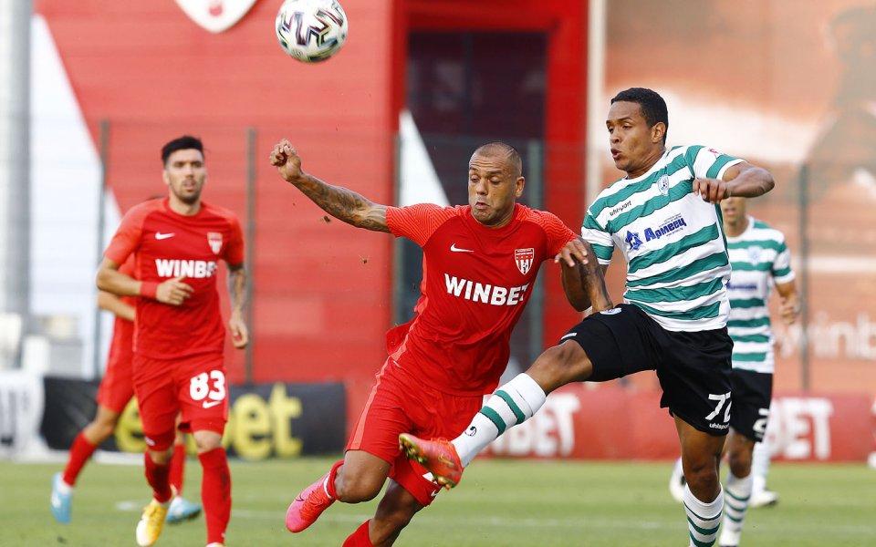Царско село и Черно море играят при 0:0 в първия