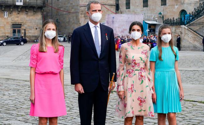 Фелипе VI, Летисия, Леонор и София почетоха покровителя на Испания