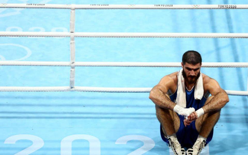 Френският боксьор в супертежка категория Мурад Алиев предизвика хаос на