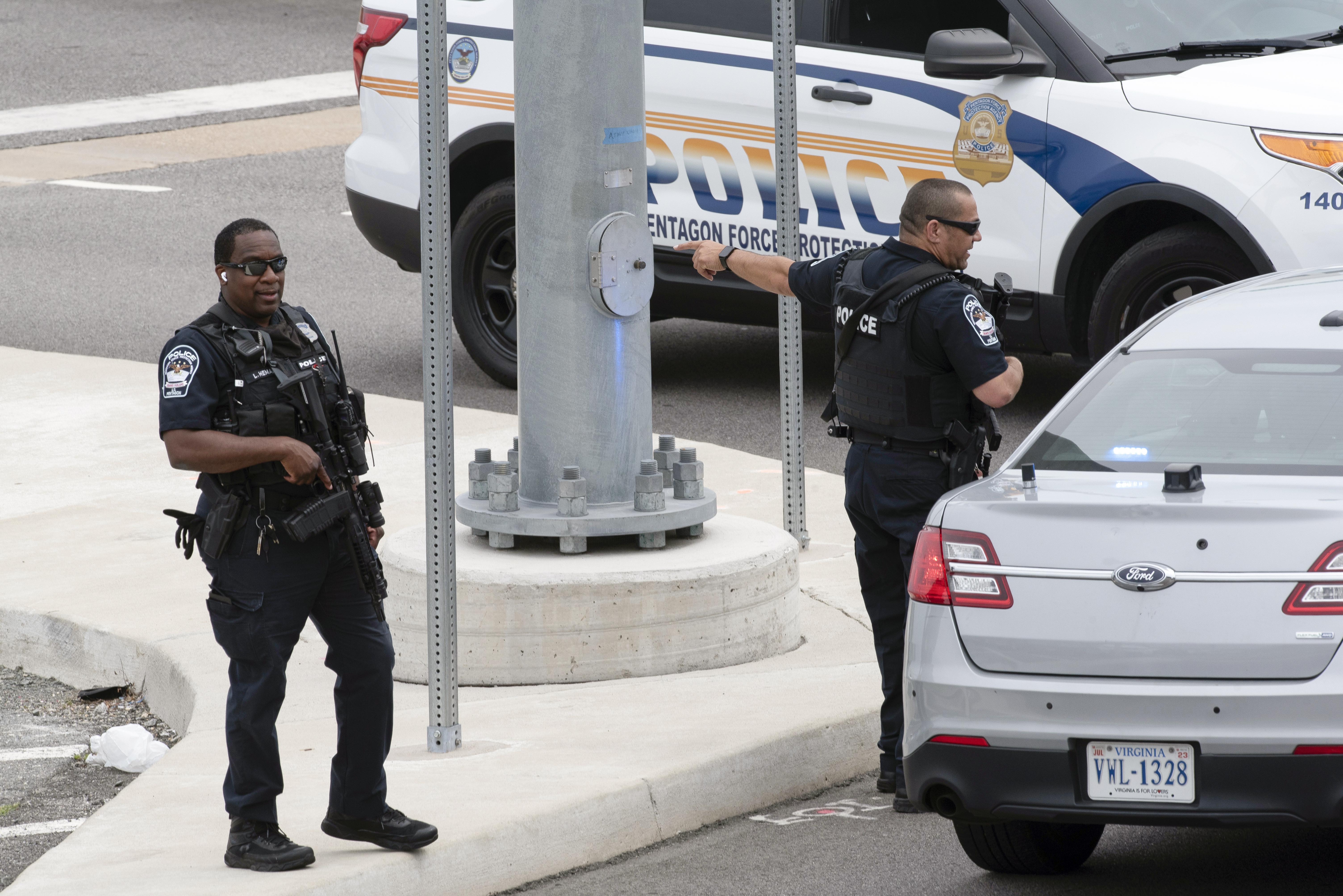 <p>Затвориха Пентагона заради стрелба до метростанция</p>