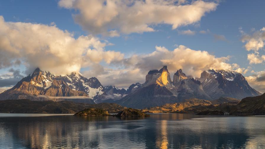 <p>&bdquo;Мегасуша&ldquo; в Андите: Някои върхове останаха без сняг</p>