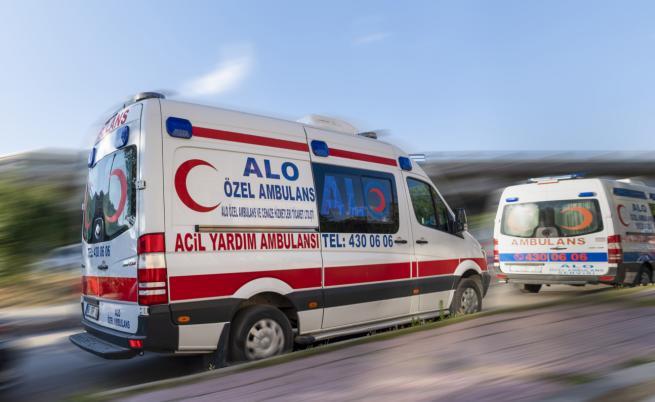 15 души загинаха в автобусна катастрофа в Турция