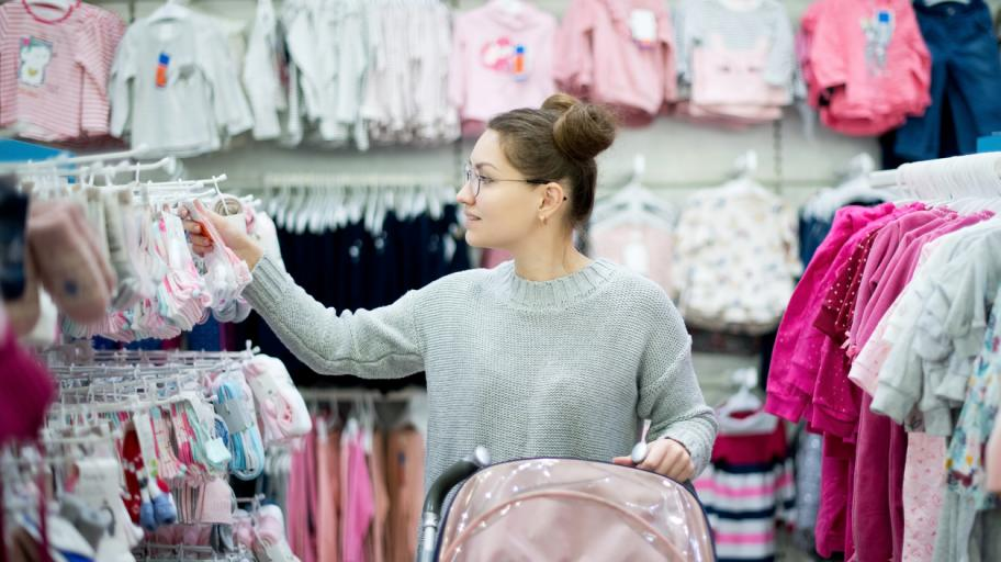 Тегленето на кредит за шопинг за бебето си струва