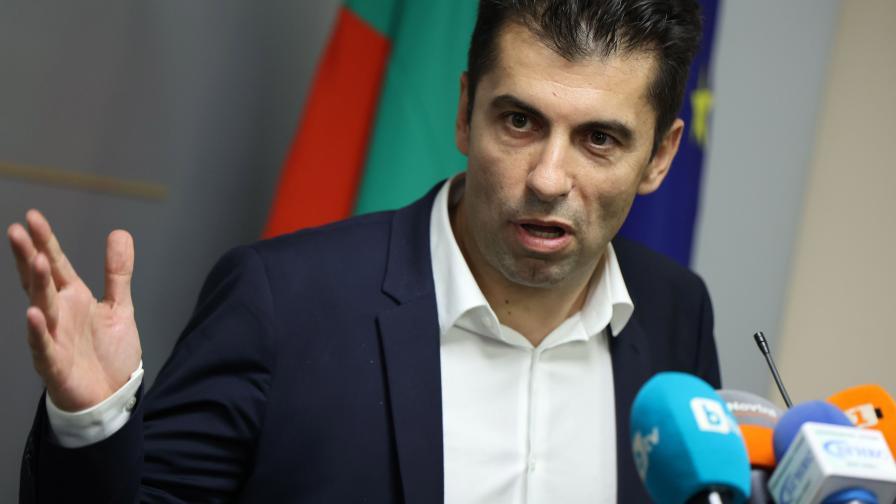 Кирил Петков: Спрели сме 850 заема за 50 млн. с тавана за кредити в ББР