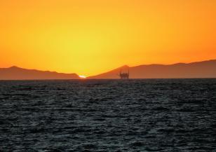 """Изтичане на петролни продукти в района на """"Вера Су"""""""