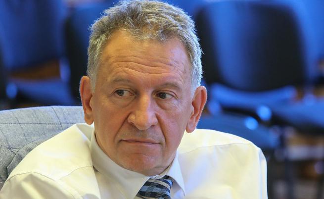 Стойчо Кацаров и експерти обсъдиха предложените нови мерки срещу COVID-19