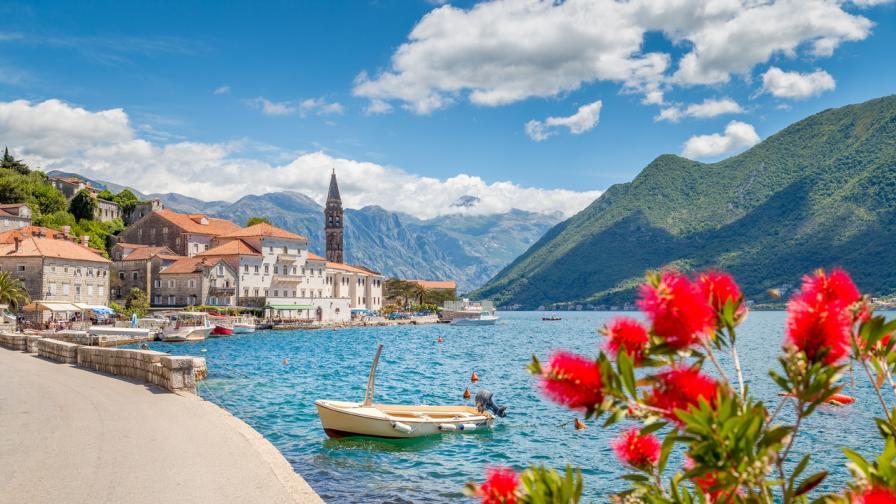 САЩ призовават за мир в Черна гора