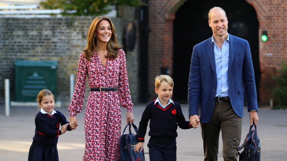 кралско семейство джордж шарлът кейт мидълтън принц уилям