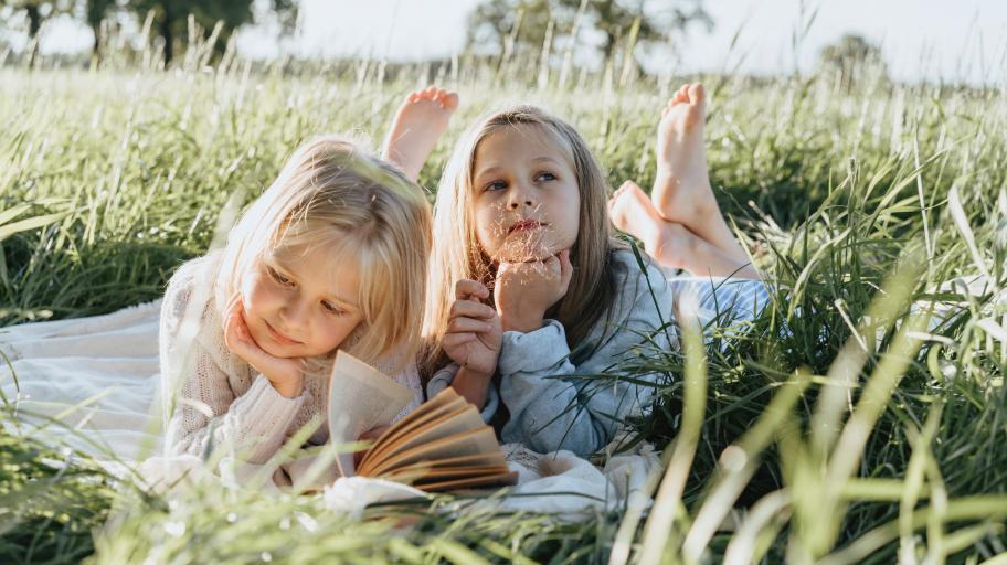 Как детството ни влияе върху начина, по който обичаме и изразяваме чувствата си