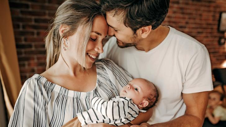 Как да кръстим сина си: 8 подходящи имена за момче