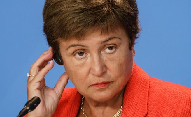 The Economist призова управляващия директор на МВФ Кристалина Георгиева да подаде оставка