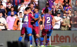 НА ЖИВО: Барселона 2:0 Леванте, Де Йонг удвои