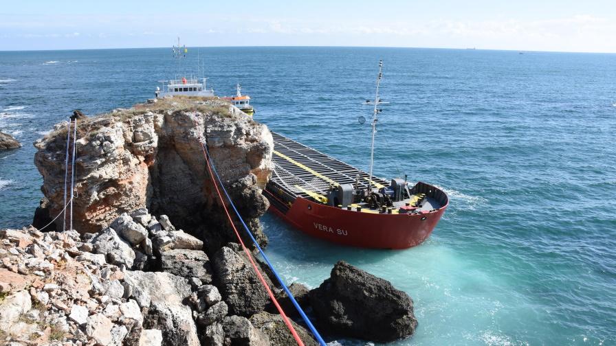 <p>Нивата на замърсяване край кораба &bdquo;Vera Su&rdquo;&nbsp;остават над нормата</p>