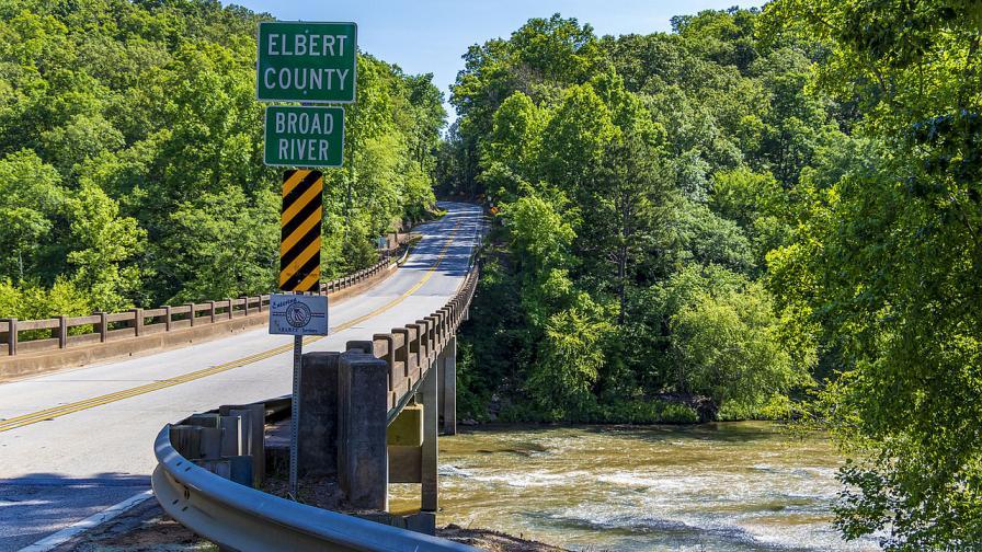 Мостът, на който през 1964 година е застрелян чернокожият ветеран от ВСВ подполковник Лемуел Пен. Той е убит от член на Ку Клукс Клан