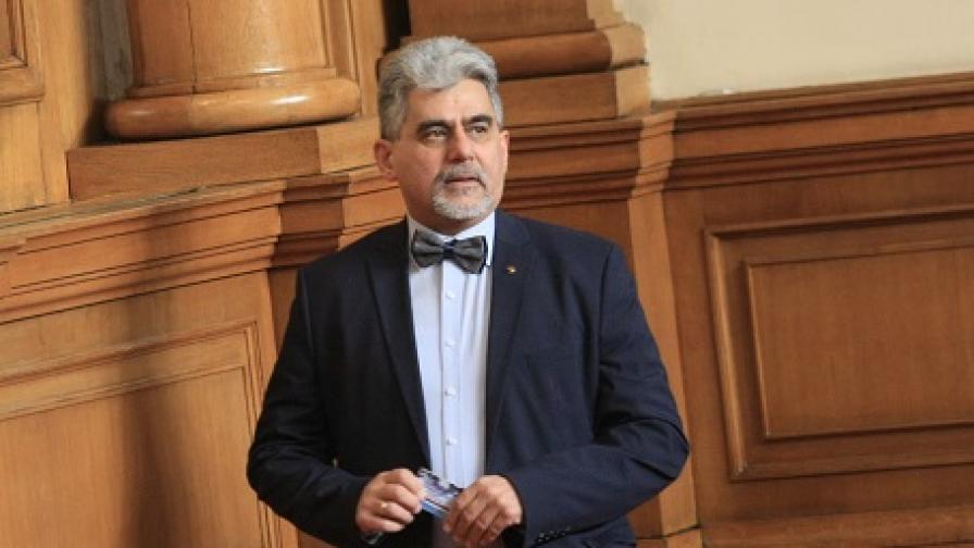 ВМРО издигна доц. Милен Михов за президент