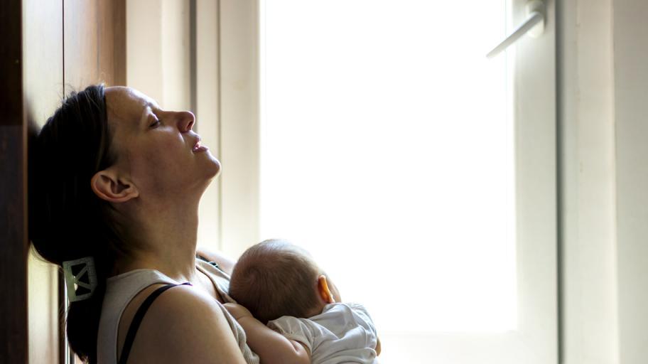 Следродилна умора и изтощение: какво представлява и как да се справим