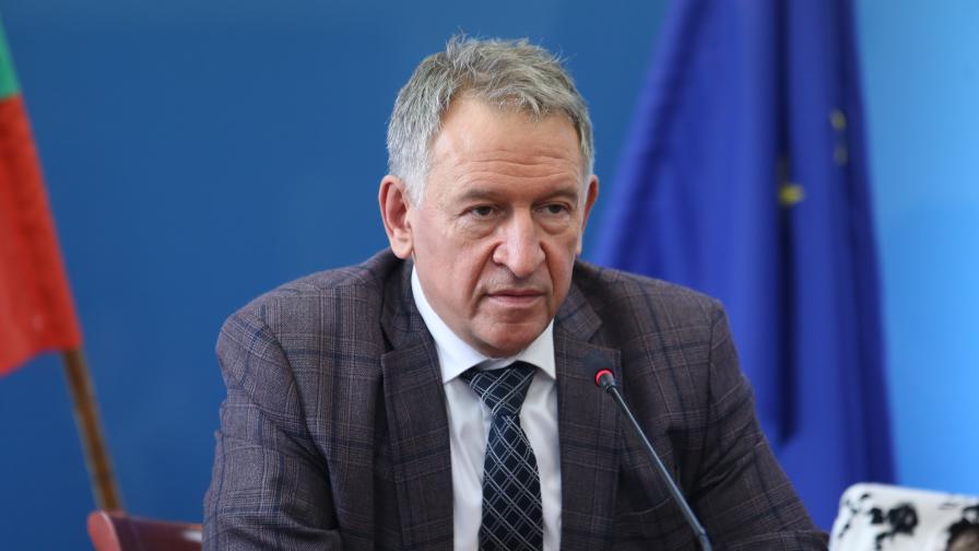 Кацаров