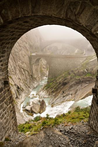 дяволски мост Швейцария