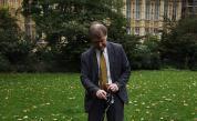 Британски депутат бе убит с нож в църква