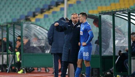 Стоилов получава редовни доклади за играчи от скаутите