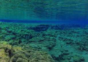 Документирана е появата на подводен вулкан край бреговете на Африка