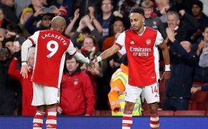 Перфектен Арсенал се върна към най-добрите си дни след бой над Астън Вила