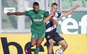 НА ЖИВО: Лудогорец 2:1 Локомотив ГО, гостите се върнаха в мача