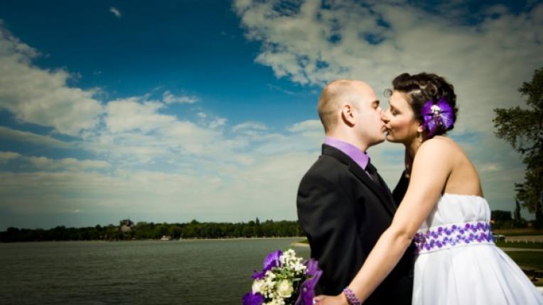 сватба младоженец