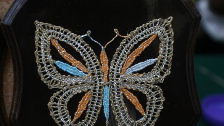 калоферска дантела занаят фина изработка орнаменти история изкуство интериор дрехи