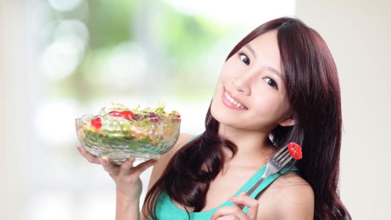 жена храна салата диета хранене