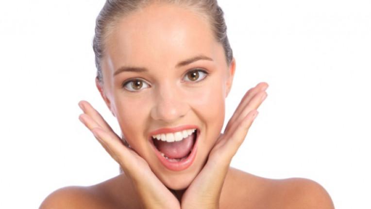 усмивка зъби