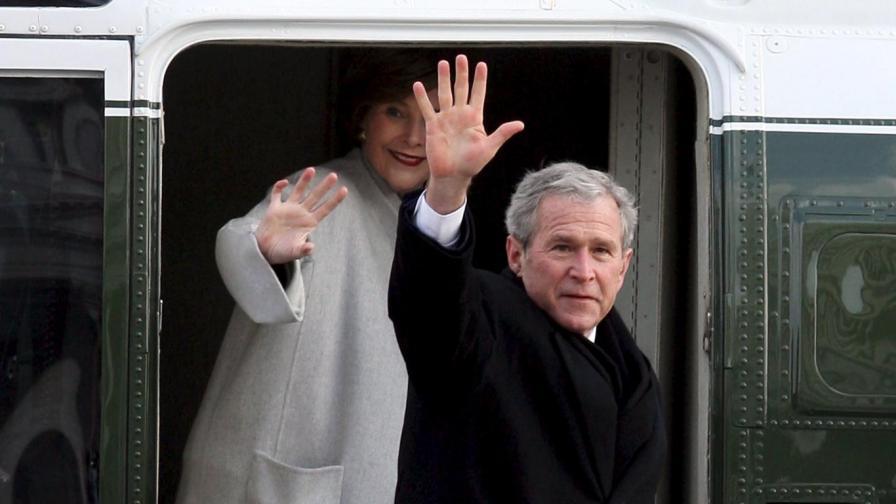 Буш щял да пише книга за най-трудните си решения