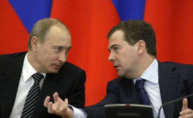 Путин-Медведев: Кой колко