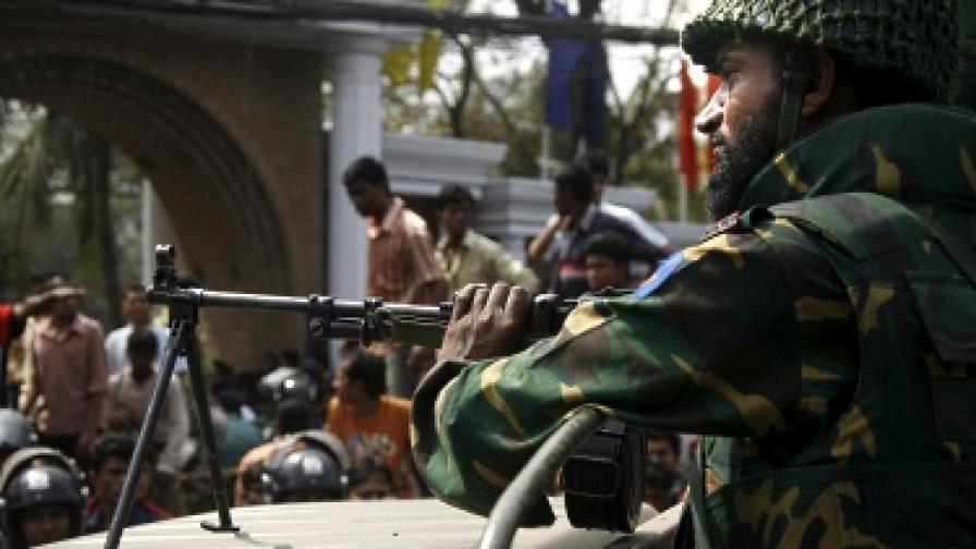 Бангладеш се превръща в магнит за терористи