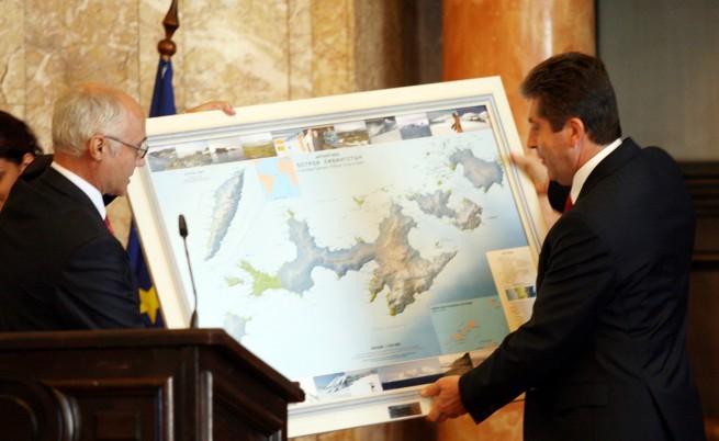 Първанов: Присъствието ни на Антарктида е изключително важно