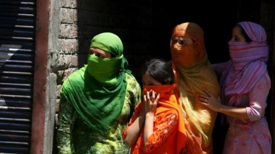 Жени мюсюлманки в областта Кашмир в Индия