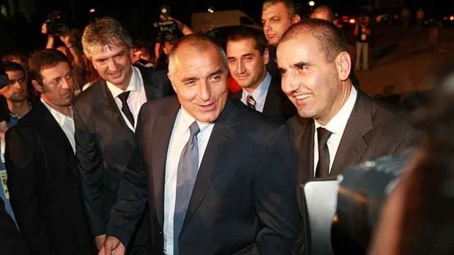 https://m3.netinfo.bg/media/images/7269/7269855/896-504-svetyt-komentira-bliaskava-i-smazvashta-pobeda-na-gerb.jpg