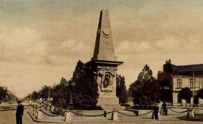 Колко са паметниците на Васил Левски по света