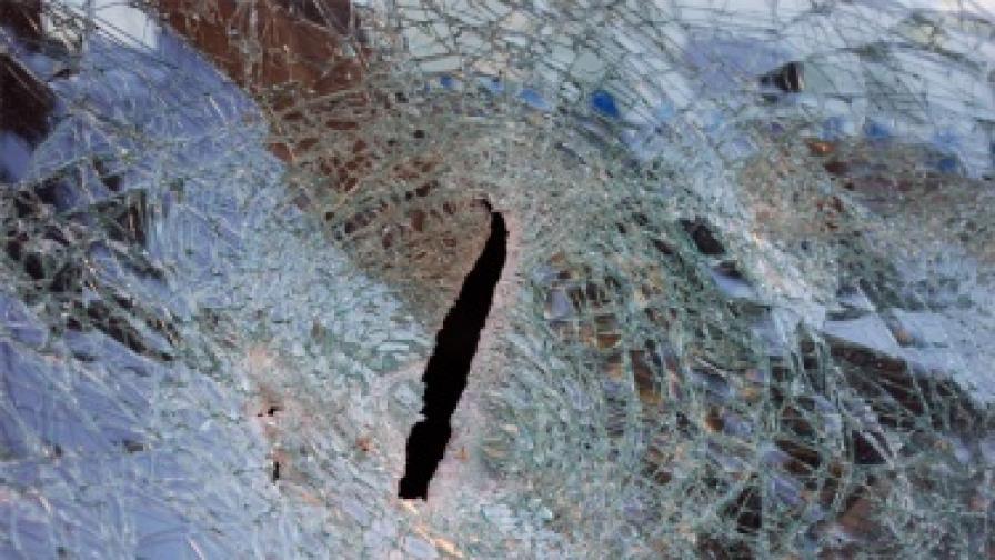 Безредици след катастрофа в Ихтиман