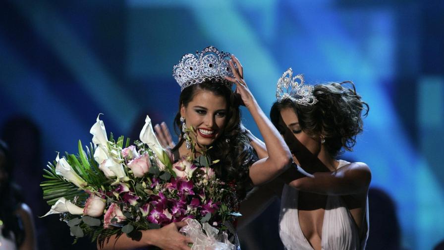 Победителката Стефания Фернандес.