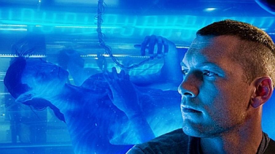 Героят Джейк Съли (Сам Уортингтън) и тялото, в което ще се всели