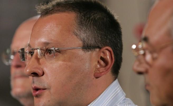 Спецкомисия ще проверява кабинета Станишев