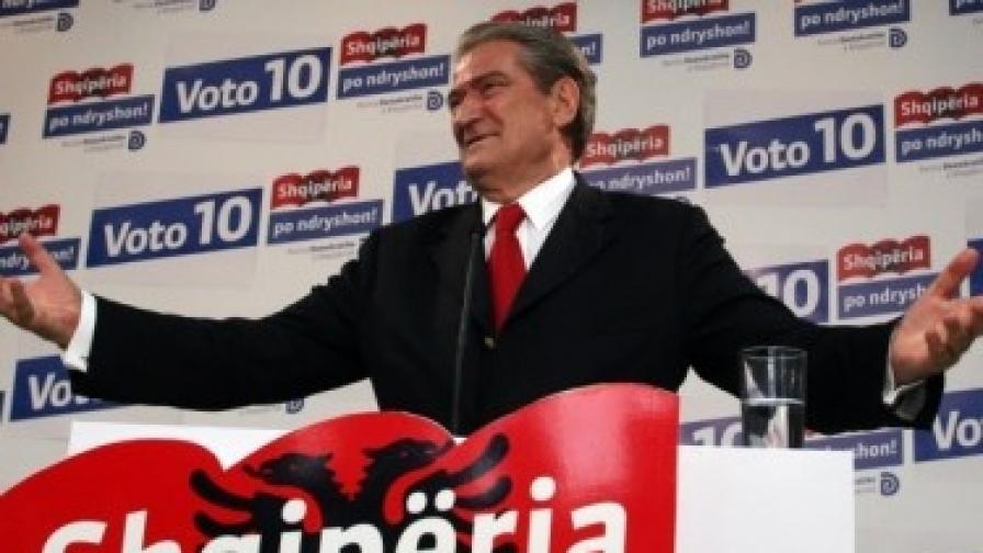 Албания: Социалисти в новото правителство на Бериша