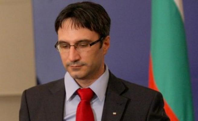 БСП видя конфликт на интереси при министър Т.Трайков