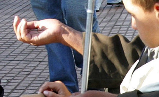 Пак хванаха българин, карал инвалиди да просят в Гърция
