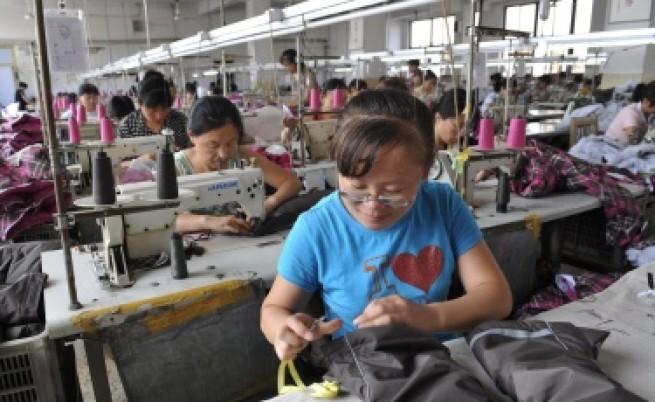 Китайската икономика набира скорост
