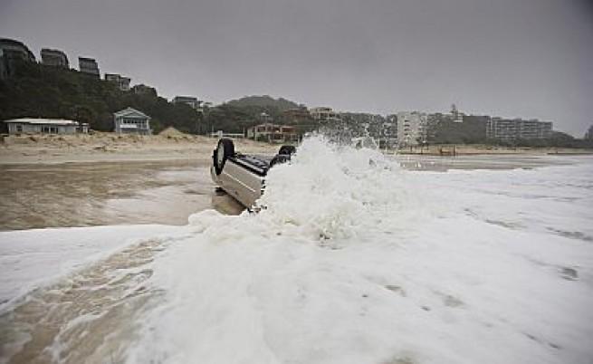 Може да евакуират бреговете на Австралия