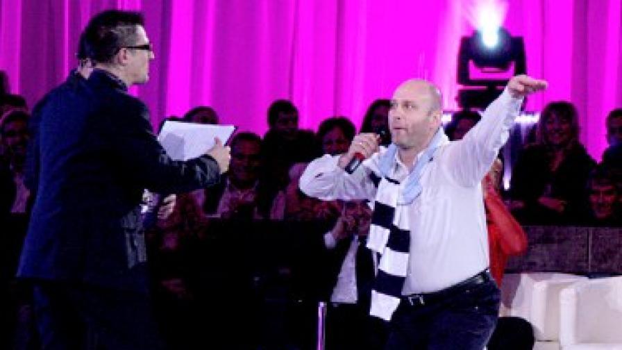 "Тити Папазов танцува ""Лебедово езеро"" във ""ВИП денс"""